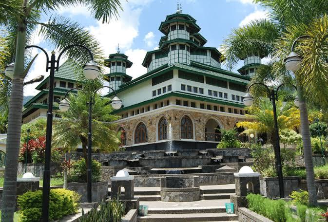 Masjid raya Bayur agam