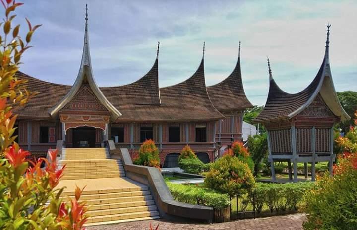 Museum Adityawarman di Padang