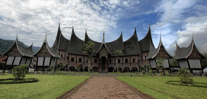 Rumah gadang Minangkabau