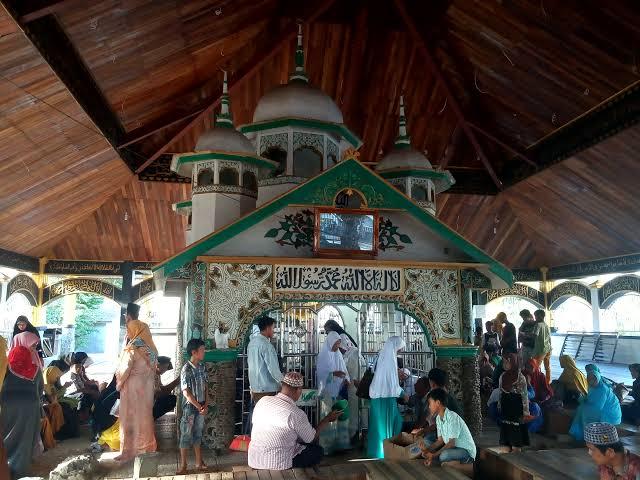 Tradisi unik suku Minangkabau