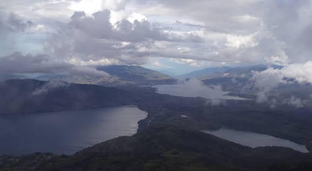 Legenda danau kembar Sumatera Barat